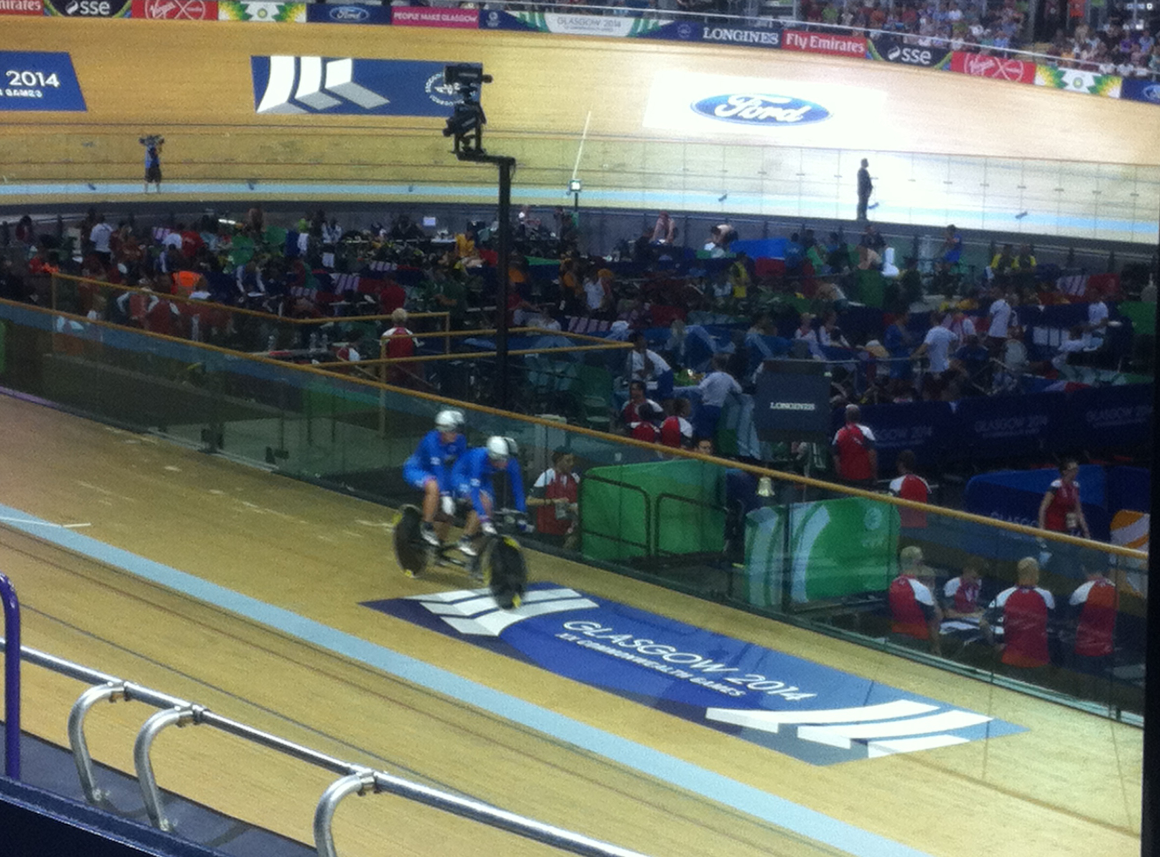 England's Sophie Thornhill Takes The Lead
