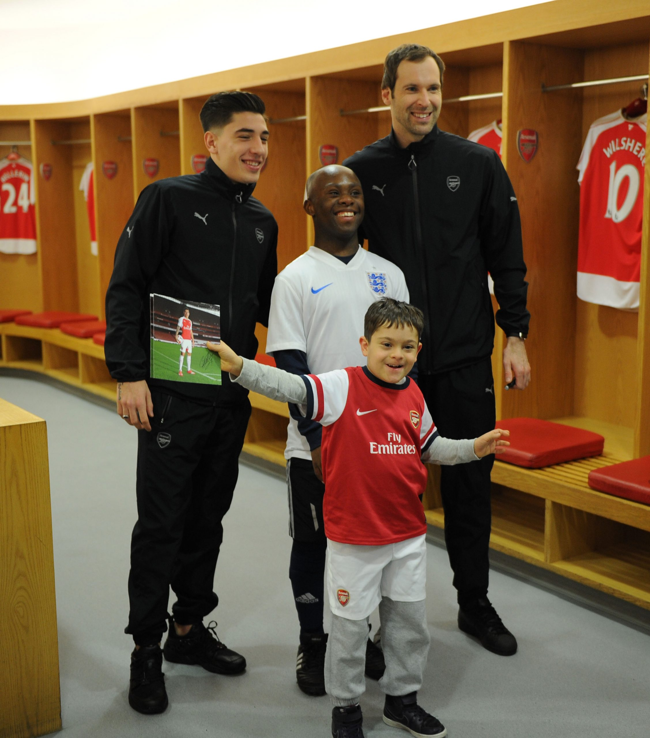 Arsenal FC's Hector and Petr surprise community group