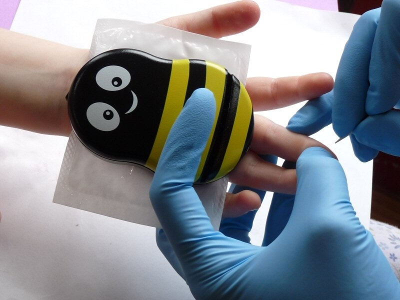 Kids Tell Pain To Buzz Off With Innovative New Technology