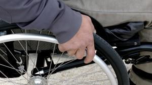wheelchair-1230101_1920
