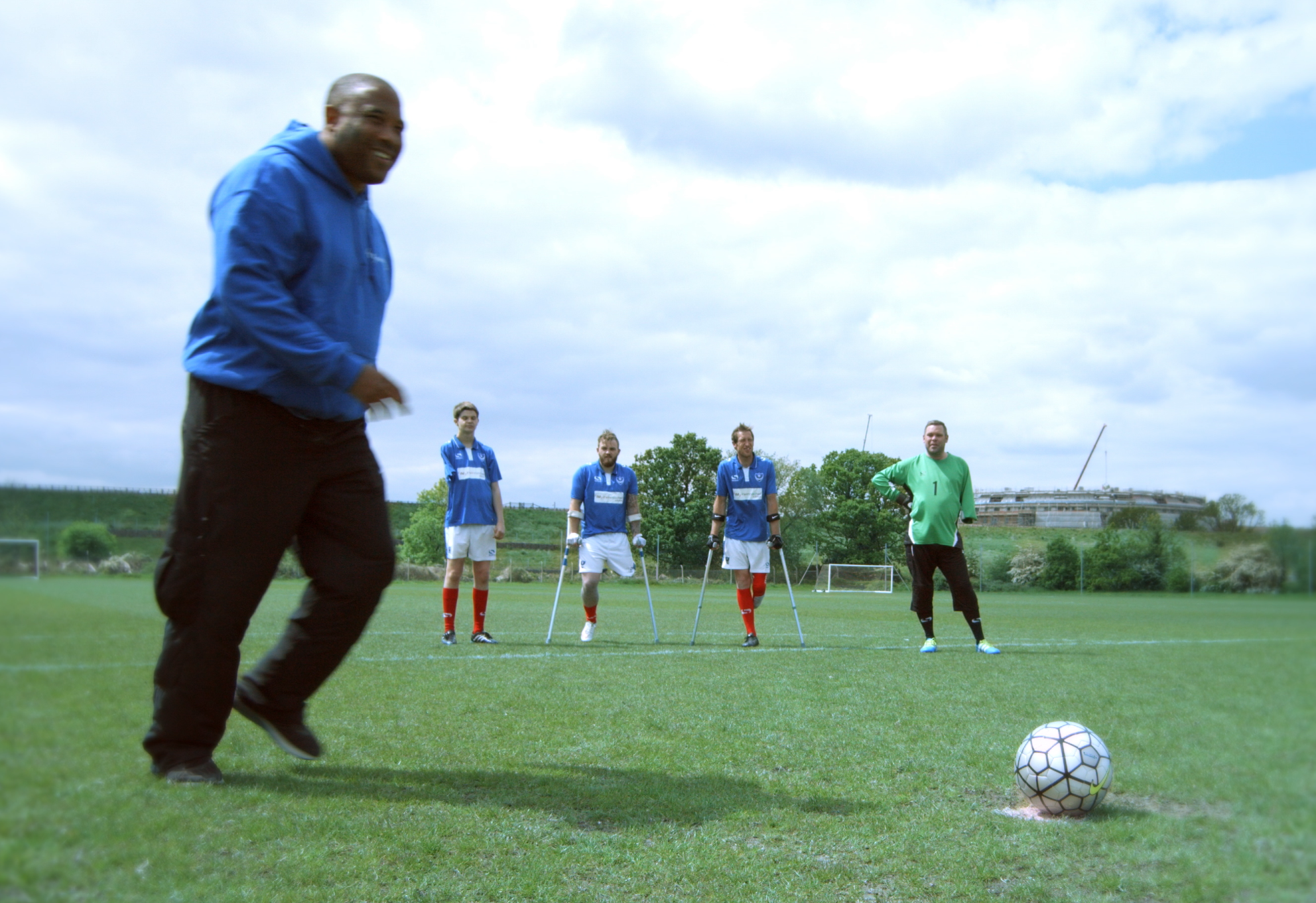England Legend Links Up With Portsmouth Amputee Football Team