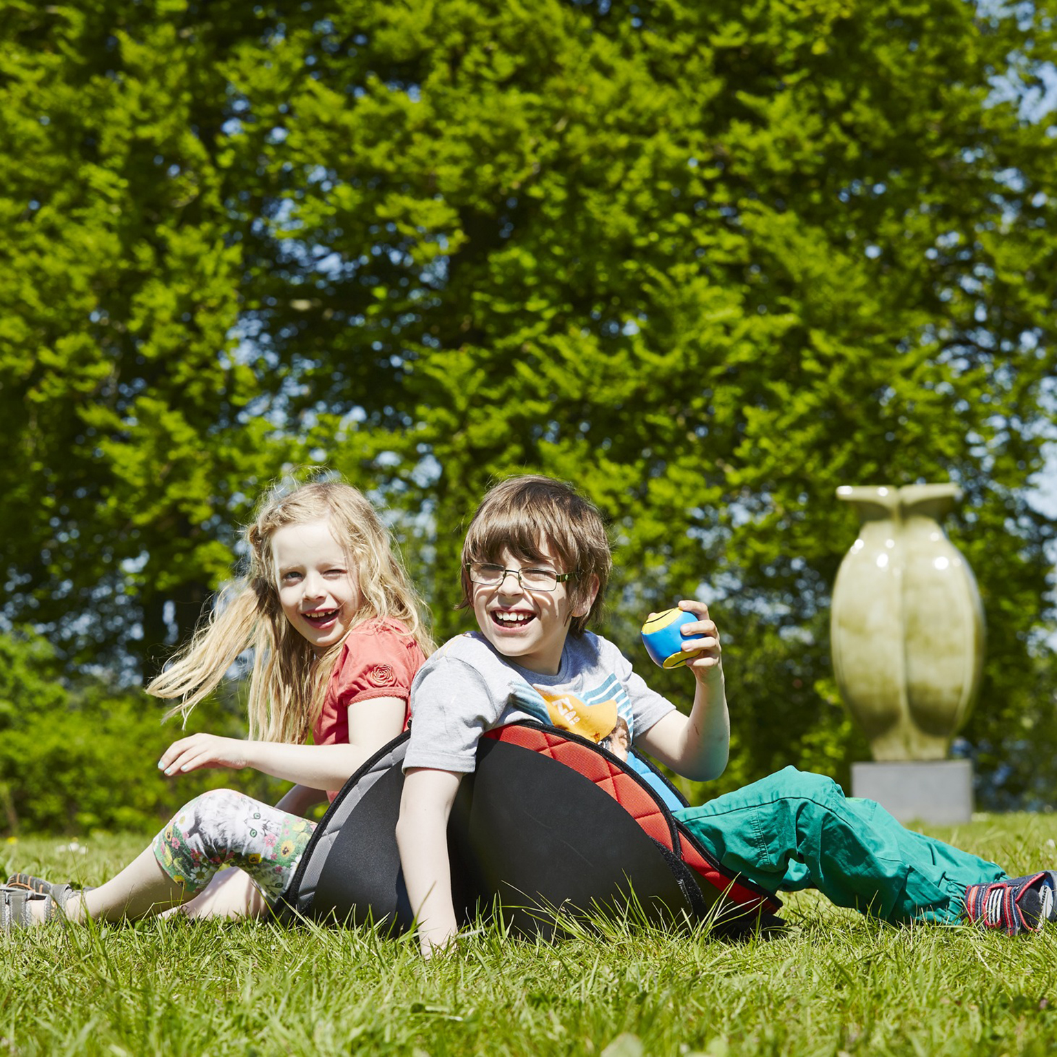 R82 launches Scallop seat for disabled children through new webshop