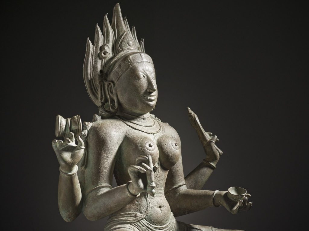 A worn copper statue of the Hindu goddess Kali. Not one of the statues returned to India, but probably best that whoever has it thinks about returning it to its rightful home